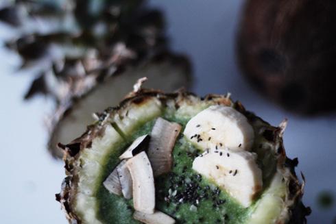 Piña Colada with kale inside a pineapple